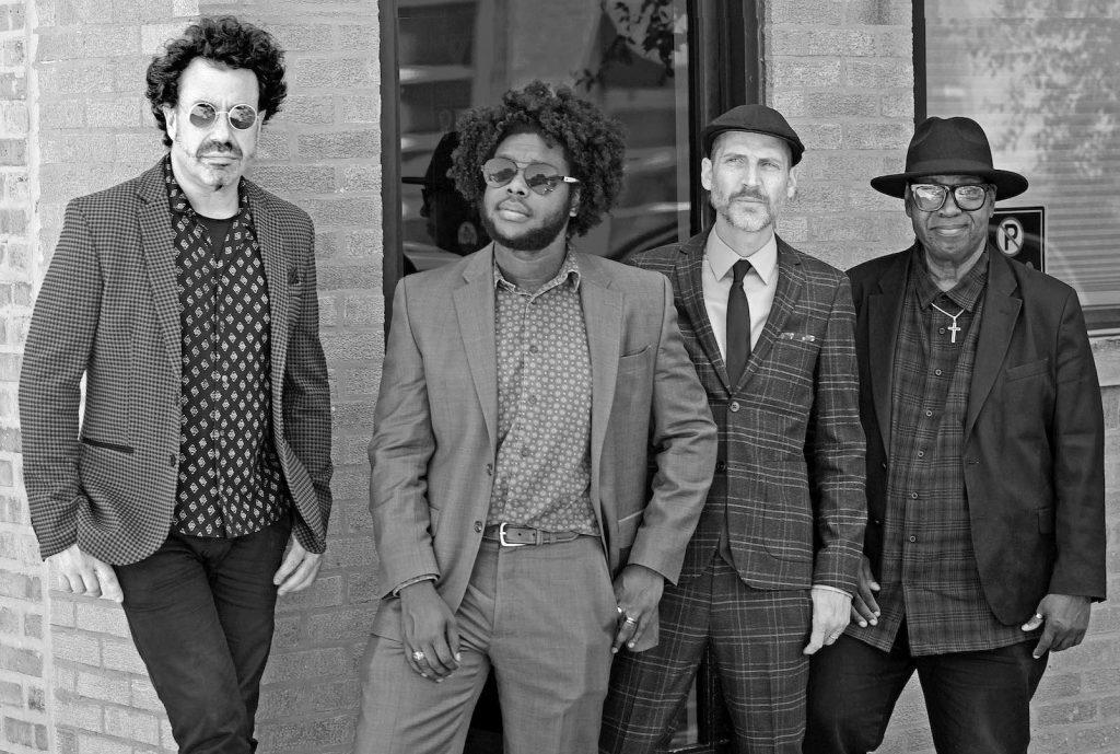 Johnny Iguana's Chicago Spectacular - group photo